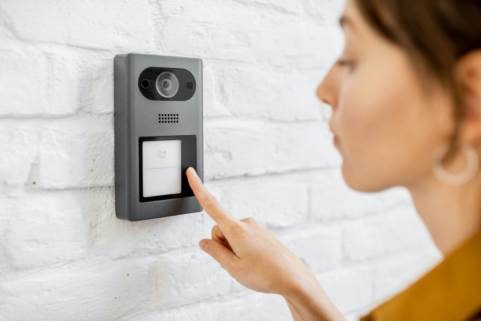 A Complete Guide To Choosing The Right Intercom System